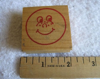 Happy  Face Stamp  1 3/4 X 1 3/4 INCH CL20-15