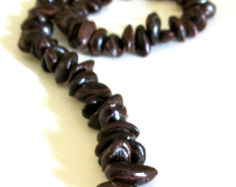 Full Strand of Elephant's Ear ~ Pepeiao Elepane Seed , Side Drilled,  16 1/2 inches Long, 67 Pieces