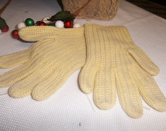 SALE! was 6.00 Vintage Wear Right Knit Gloves Made in Mexico Size Medium Beige Cotton, T