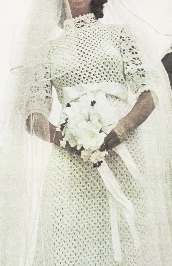 Crochet wedding dress pattern romantic 1970s vintage for Wedding dress patterns free download