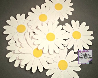 20  Daisy Confetti Table Scatter Flowers - Spring time decor -  Flower Confetti - White and Yellow Daisy Scatter