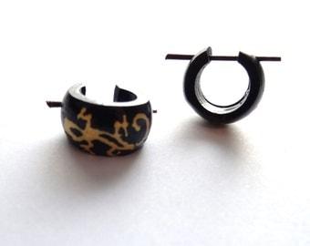 Alternative Wooden Gecko Hoop Earrings - Natural Tribal Wood Gauges