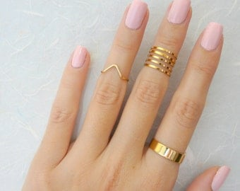 Set of 7 knuckle rings, Stacking rings, Band knuckle ring, Gold knuckle ring, Fashion mid ring, Dainty ring