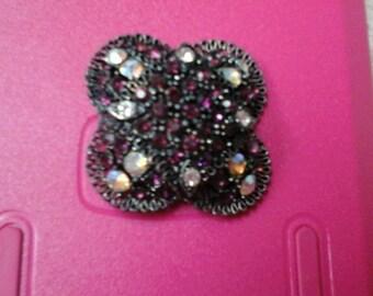 3-Dimentional Lavender rhinestone vintage brooch - A31