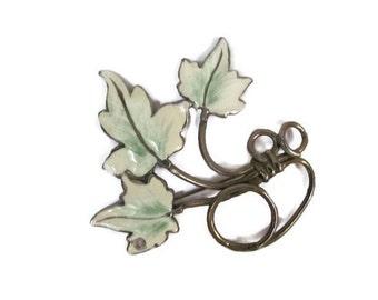 Vintage Leaf Brooch, 1960's Enamel Leaf Brooch, Green Leaf, Fall Leaf Brooch, Pin, 1960's Brooch, Jewelry