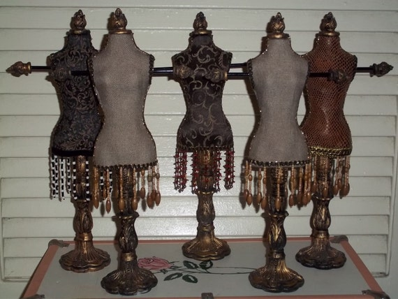lot vintage robe forme mannequin dress porte bijoux stand. Black Bedroom Furniture Sets. Home Design Ideas