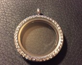 Round Living Memory Locket Pendant with Sparkles - 30mm - Diamond like -  Fits Origami Owl Floating Charms - Ships From USA - NEW – Unique