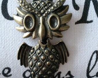 Brass ballchain necklace with an owl pendant, brass pendant
