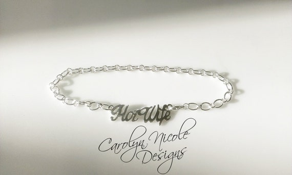 Ankle bracelet with name on it