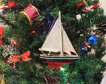 American Sailboat Christmas Tree Decoration / Christmas Gifts / Christmas Ornaments / Holiday Decorations