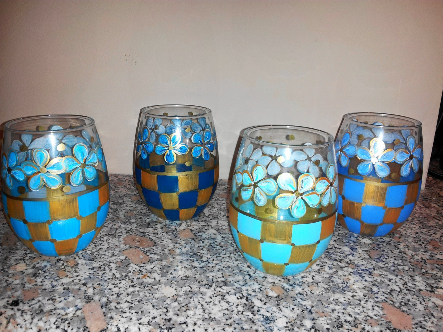 Hand painted stemless wine glasses water goblets glassware for Painted stemless wine glasses