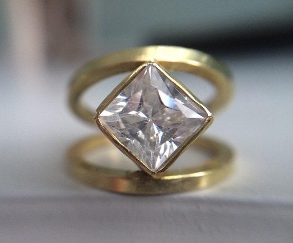 Items similar to 18k geometric diamond engagement ring for Geometric wedding ring