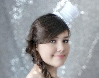 White Mini Top Hat, Wedding Top Hat, Mini Hats, Tea Party Hat, Mad Hatter Hat, White Top Hat, Women Mini Top Hat, Women Fascinator