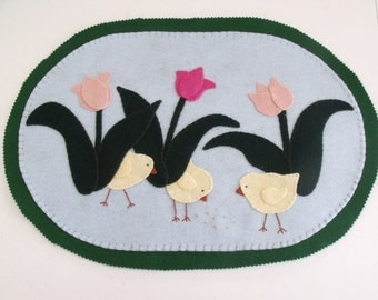 "Easter/Spring Penny Rug candle mat table mat ""Tiptoe Through the Tulips"""