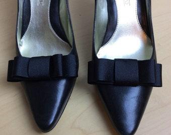 Cutest ever Audrey shoe clips