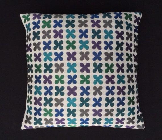 Maia Modern Pillows : Quatrefoil Emerald by Alexander Girard Maharam Mid-century