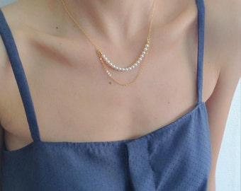 Pearls & Gold Layered Necklace, Pearl Necklace, Gold Necklace, Bridesmaids Necklace, Layered Necklace, Bridal jewelry, Rows Necklace