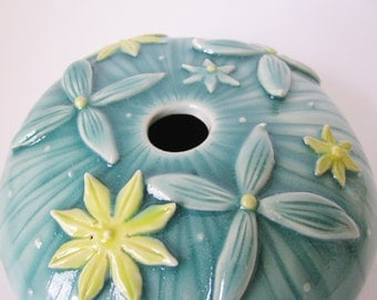 Blue green porcelain ceramic vase with yellow flower design / floral celadon vase by echo of nature , Yumiko goto