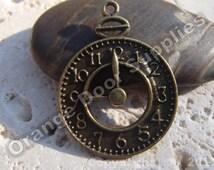 Antique Gold Clock Pendant 25 mm - 4 pcs (MWC125)
