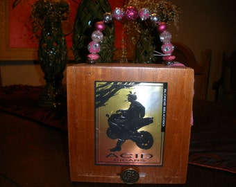 CIGAR BOX Purse New, Authentic, Handmade, Acid Blondie, Tampa, Motorcycle Themed, Wooden #594