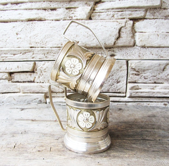 vintage russe th verre hoders avec maill flowersset du 2. Black Bedroom Furniture Sets. Home Design Ideas
