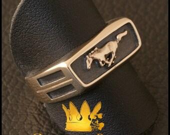 Mustang Ring