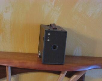 Vi9ntage Kodak Brownie No. 2A Model C Camera
