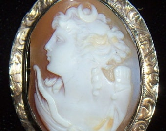 Antique Victorian 14 kt. Gold Hand-Carved Shell CAMEO BROOCH/Pin/PENDANT