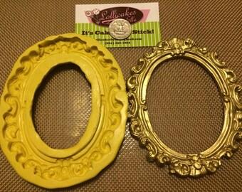 XL Oval Frame