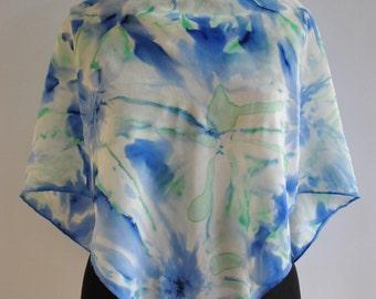 Vintage HANDMADE silk scarf , hand rolled scarf , hand painted silk scarf ..(820)