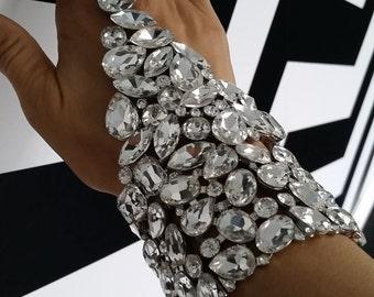 Bling Bling Hand Chain