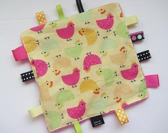 Baby Crinkle Sensory Blanket Toy Urban Zoologie Taggie Chicken Baby Nursery Decor