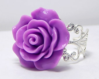 Lavender Rose Ring; Filigree Ring; Rose Jewelry; Rose Cabochon Ring; Purple Rose Ring; Resin Flower Ring; 20mm Rose Ring; Lavender Ring
