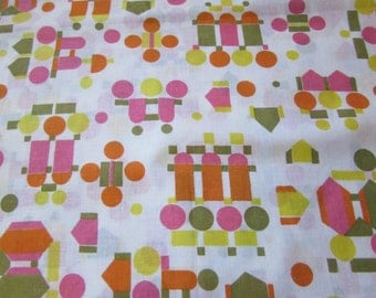 fabric / vintage geometric shapes cotton muslin / 3 yards