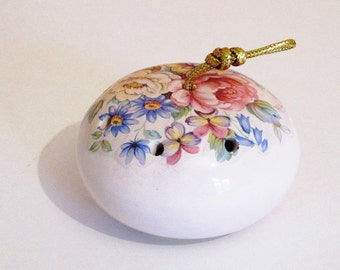 Vintage Ceramic Pot Pouirri Holder, Pomander, Filled with Original Perfumed Flowers, Devon England