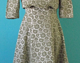 """60s Vintage """"Emma Domb"""" Sage Green Brocade Dress — Exceptional Condition — Modern size 4-6"""