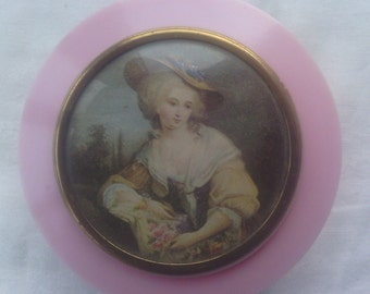 Vintage 1950's Dubarry Pink Plastic Soap Dish