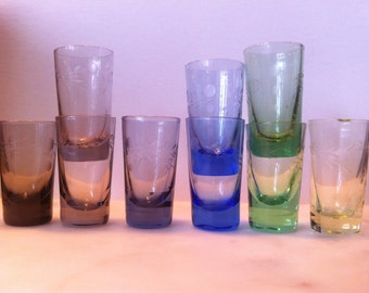 Vintage mid century etched mini shot glasses