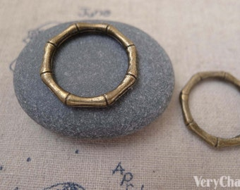 20 pcs of Antique Bronze Bamboo Circle Charms 22mm A7503