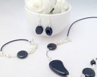 Black and Silver Jewellery Set, Black Jewellery, Black Earrings, Black Necklace, Black Bracelet, Matching Earrings, Necklace, Bracelet, Chic