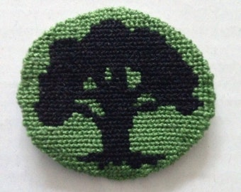 Mtg mana symbol: Forest token/necklace/button/patch