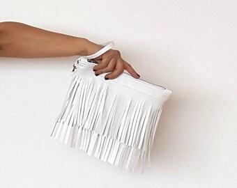 White fringe clutch bag, leather fringe bag, leather clutch, wristlet leather fringes clutch, medium size everyday clutch, boho fringes bag