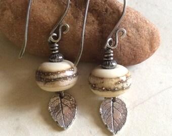 Ivory Glass Earrings / Lampwork Glass Earrings / Sterling Silver Earrings / Ivory and Silver Glass / Dangle Earrings / Glass Drop Earrings