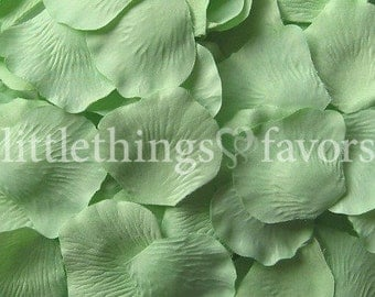 Mint Green Rose Petals, Celadon Silk Rose Petals, Fake Rose Petals, DIY rose petal aisle runner, flower girl petals, wedding petals, toss