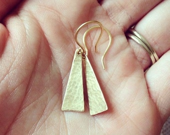 Small hammered brass triangle earrings
