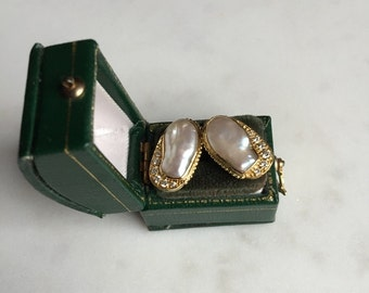 18k yellow gold and baroque pearl and diamond earrings