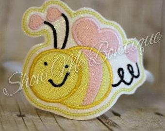 4x4 Bee Heart Headband Slip'em design Instant Download