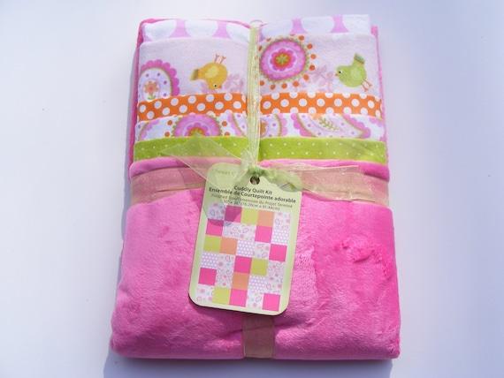 Tweet Chic Cuddly Baby Quilt Kit
