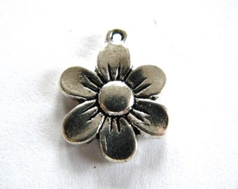 10 Silver Flower Charms - 14mm