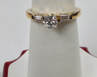 Genuine Diamond Engagement Ring 18kt Yellow Gold